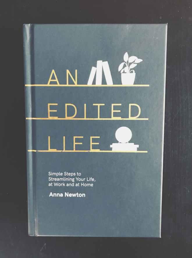 """Cover von Anna Newtons Ratgeberbuch """"Ein leichtes Leben"""""""