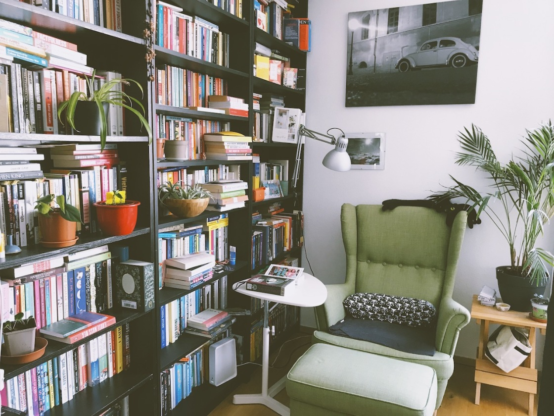 reading nook with bookshelves